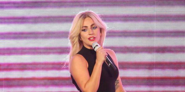 Lady Gaga donne de ses nouvelles sur Twitter