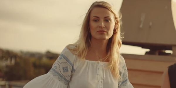 """""""Friend of Mine"""" : Avicii dévoile son dernier clip !"""