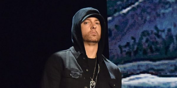Eminem sort par surprise un nouvel album nommé Kamikaze