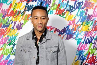 """Avec """"A Good Night"""", John Legend effectue un retour… Électrisant !"""