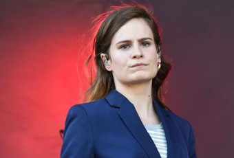 Christine and The Queens annonce son comeback… Demain !