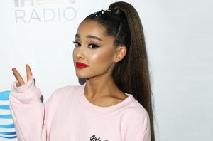 ariana-grande-envoutante-dernier-clip-god-is-a-woman