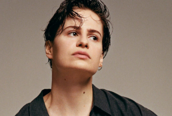 "Christine and The Queens, sexy dans ""5 Dollars"" !"