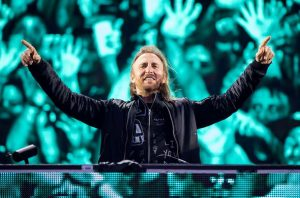 david-guetta-de-retour-dont-leave-me-alone-featuring-anne-marie