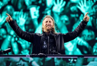 "David Guetta, de retour avec ""Don't Leave Me Alone"", en featuring avec Anne-Marie"