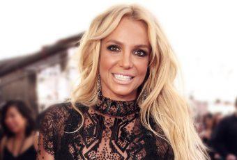 Fail : en plein show, Britney Spears oublie où elle se trouve !