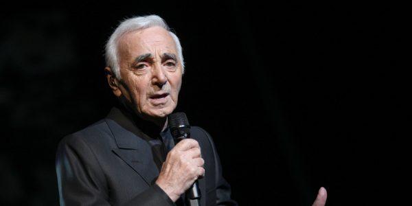 Charles Aznavour décédé : ses 10 plus grands succès